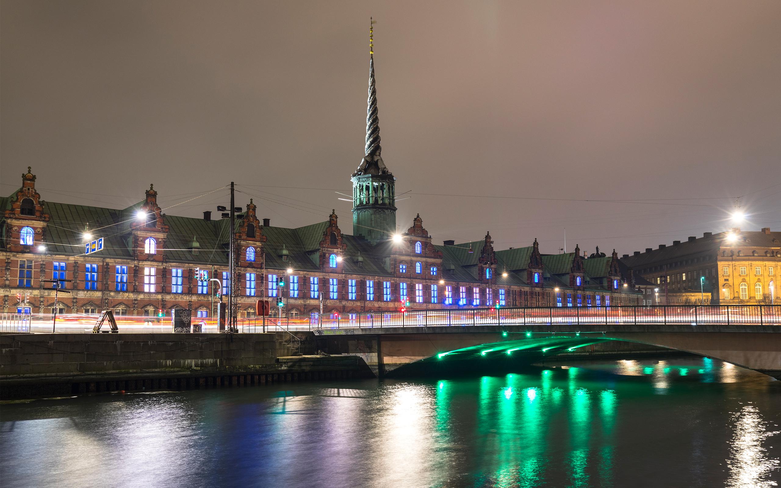 Børsbroen og Christiansborg