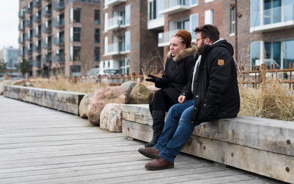 Jonas Kold og Maria Franz ved Sandkaj Brygge i Nordhavn