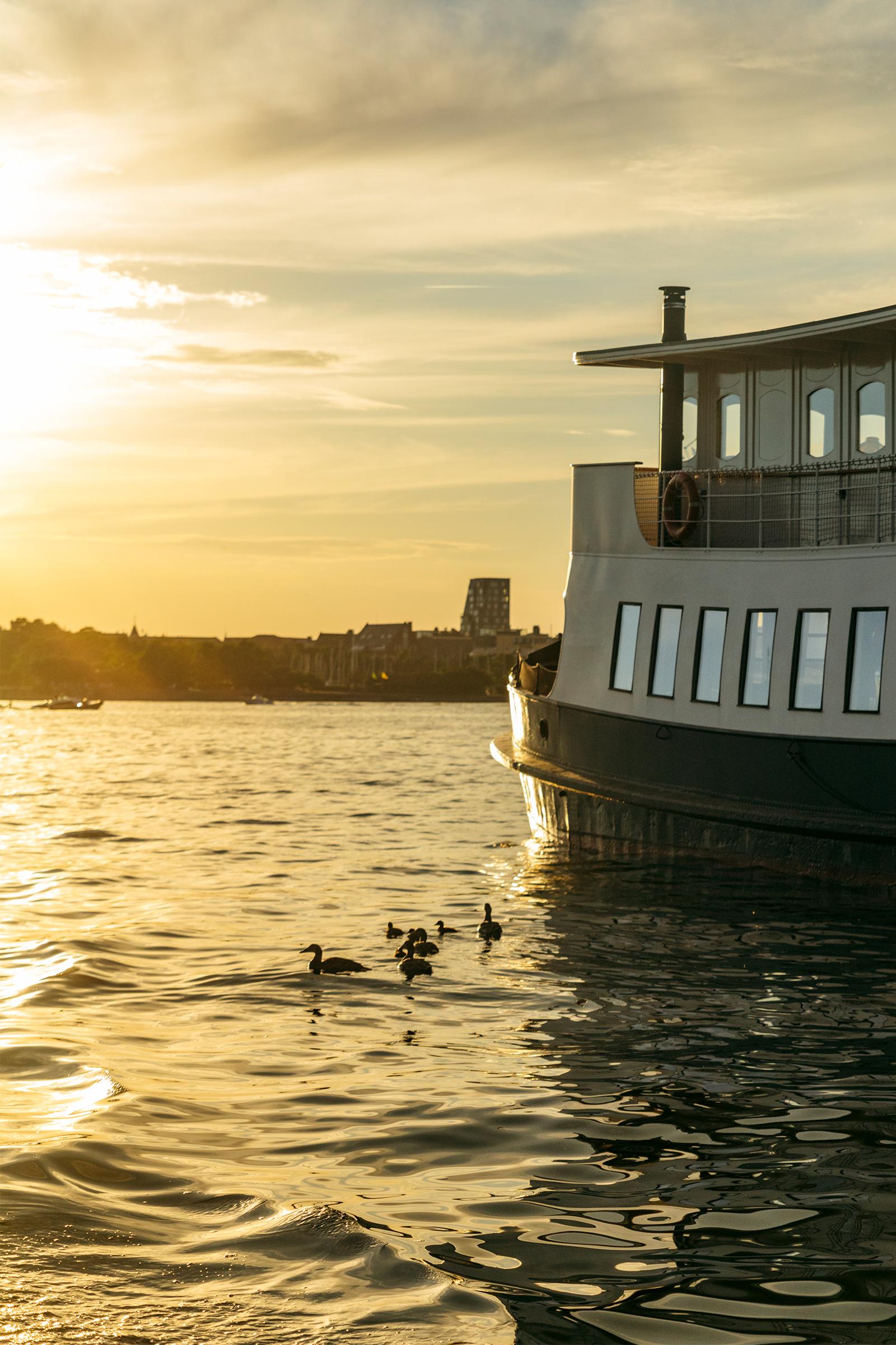 Solnedgang i Inderhavnen / Foto: Andreas Raun Arneberg